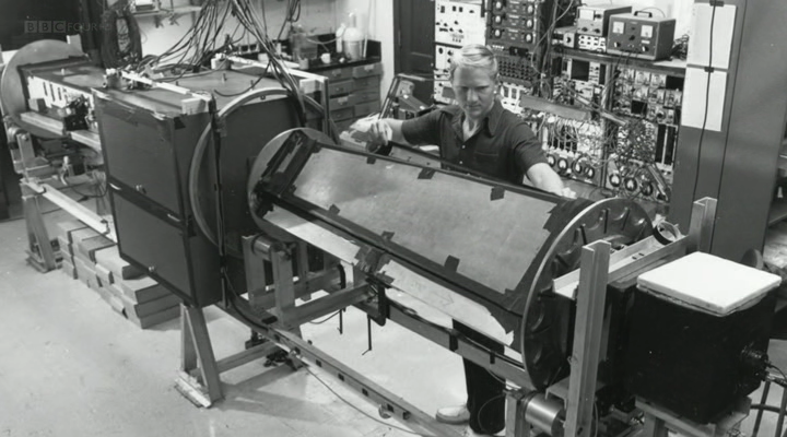BBC. Секреты квантовой физики / The Secrets of Quantum Physics (1-2 серии из 2) (2014) HDTVRip